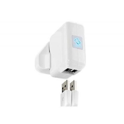 Capdase Dual USB Power Adapter World Travel Kit White for iPhone/iPod (ADIP-6702)
